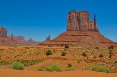 Ο λόφος δυτικών γαντιών, σχηματισμός βράχου, στην κοιλάδα μνημείων, Arizo Στοκ Εικόνες