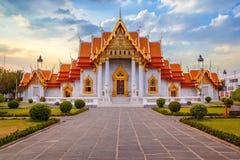 Ο μαρμάρινος ναός, Wat Benchamabopit Dusitvanaram στη Μπανγκόκ Στοκ φωτογραφία με δικαίωμα ελεύθερης χρήσης