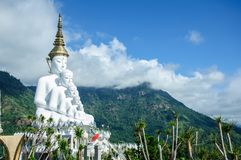 Ο μεγάλος Βούδας σε Phetchabun Ταϊλάνδη Στοκ Φωτογραφίες