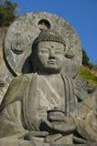 Ο μεγάλοι Βούδας και μπλε ουρανός Στοκ Εικόνα