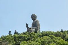 Ο μεγάλος Βούδας στο μεταλλικό θόρυβο Ngong, Χογκ Κογκ Στοκ Φωτογραφίες
