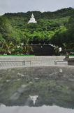 Ο μεγάλος λευκός Βούδας στο βουνό Ταϊλάνδη Στοκ Εικόνες