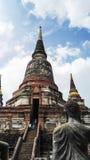 Ο μεγάλος ναός έχει ένα μακρύ υψηλό σκαλοπάτι Στοκ εικόνα με δικαίωμα ελεύθερης χρήσης