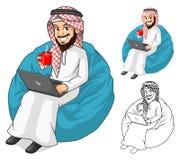 Ο Μεσο-Ανατολικός επιχειρηματίας που κρατούν ένα φλιτζάνι του καφέ και το σημειωματάριο με Sit θέτουν Στοκ Εικόνες