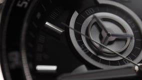 Ο μηχανισμός ενός σύγχρονου ύφους wristwatch Chronograph στενός επάνω με το από δεύτερο χέρι Κινηματογράφηση σε πρώτο πλάνο, μακρ φιλμ μικρού μήκους