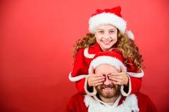 Ο μπαμπάς μου είναι Άγιος Βασίλης Η πίστη στο santa αποτελεί το μαγικότερο μέρος της παιδικής ηλικίας εικασία που απομονωμένο ένν στοκ εικόνες