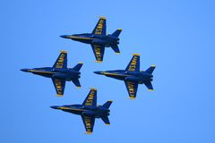 Ο μπλε αέρας αγγέλων παρουσιάζει Στοκ φωτογραφία με δικαίωμα ελεύθερης χρήσης