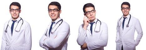 Ο νέος αρσενικός γιατρός που απομονώνεται στο λευκό στοκ φωτογραφία