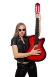 Ο νέος κιθαρίστας γυναικών που απομονώνεται στο λευκό Στοκ Εικόνες