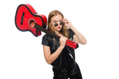 Ο νέος κιθαρίστας γυναικών που απομονώνεται στο λευκό Στοκ φωτογραφία με δικαίωμα ελεύθερης χρήσης