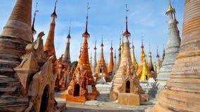 Ο ναός του χωριού Indein, το Μιανμάρ απόθεμα βίντεο