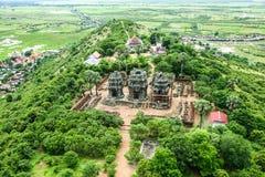 Ο ναός δώδεκα BA Phoun πεζουλιών ελεφάντων εποχής Krom Phnom κυρία tample Byon Tample Angkor wat siem συγκεντρώνει το βασίλειο τη Στοκ Εικόνες
