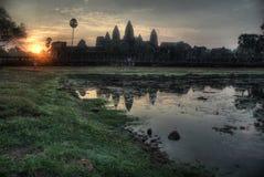 Ο ναός Angkor Wat στην ανατολή Στοκ Εικόνες