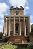 Ο ναός Antoninus και Faustina Στοκ Εικόνα