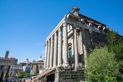 Ο ναός Antoninus Pius και Faustina Στοκ φωτογραφία με δικαίωμα ελεύθερης χρήσης