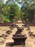 Ο ναός Bakong σε Siem συγκεντρώνει, Καμπότζη Στοκ Φωτογραφία