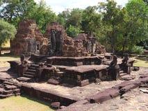Ο ναός Bakong σε Siem συγκεντρώνει, Καμπότζη Στοκ φωτογραφία με δικαίωμα ελεύθερης χρήσης