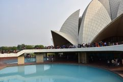 Ο ναός Lotus, που βρίσκεται στο Νέο Δελχί, Ινδία, είναι ένα σπίτι λατρείας Bahai που χτίζεται το 1986 Ξεχωριστός για τη μορφή flo Στοκ Εικόνες