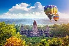 Ο ναός Wat Angkor με το μπαλόνι, Siem συγκεντρώνει Στοκ Φωτογραφία