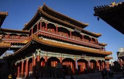 Ο ναός Yonghegong λάμα στο Πεκίνο, Κίνα ίδρυσε το 1694 Το περίπτερο των ευτυχιών δέκα χιλιάδων Ζωηρόχρωμος και επιμελημένος Δεκέμ στοκ εικόνα
