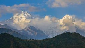 Ο νότος Annapurna και το Hiunchuli Στοκ Φωτογραφία