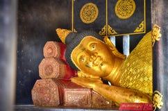 Ο ξαπλώνοντας Βούδας σε Wat Chedi Luang Στοκ φωτογραφίες με δικαίωμα ελεύθερης χρήσης