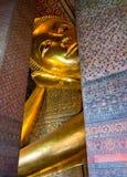 Ο ξαπλώνοντας Βούδας σε Wat Po Ταϊλάνδη Στοκ Εικόνες