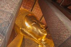 Ο ξαπλώνοντας Βούδας (Wat Pho) Στοκ Εικόνες