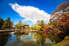 Ο ξύλινος πύργος -ji-του ναού στο Νάρα Ιαπωνία είναι το μεγαλύτερο te Στοκ Εικόνες