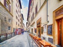 Οδοί μέσω των ιστορικών κτηρίων στη Φλωρεντία Στοκ Φωτογραφία