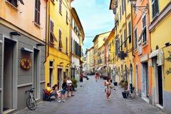 Οδοί σε Sarzana, Ιταλία Στοκ Φωτογραφία