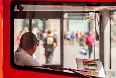 Ο οδηγός λεωφορείου στοκ φωτογραφίες με δικαίωμα ελεύθερης χρήσης