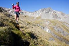 Οδοιπορία βουνών Στοκ εικόνα με δικαίωμα ελεύθερης χρήσης