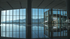 Ολοκαίνουργια αίθουσα αναμονής αερολιμένων Στοκ Εικόνες
