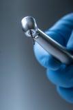 οδοντικά όργανα Υψηλός στρόβιλος speedl Denta Οδοντικό γραφείο κυλίνδρων διαμαντιών με το χέρι-κομμάτι Στοκ φωτογραφία με δικαίωμα ελεύθερης χρήσης