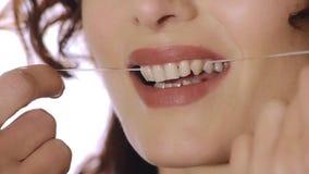 Οδοντικό νήμα απόθεμα βίντεο