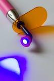 Οδοντικό φως θεραπείας που οδηγείται στοκ φωτογραφία με δικαίωμα ελεύθερης χρήσης