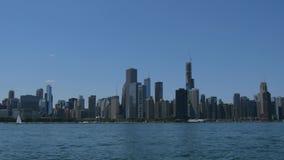 Ο ορίζοντας της άποψης του Σικάγου από τη λίμνη Μίτσιγκαν απόθεμα βίντεο