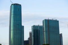 Ο ορίζοντας του Σιάτλ με τα νέα κτήρια κάτω από την οικοδόμηση Στοκ φωτογραφία με δικαίωμα ελεύθερης χρήσης