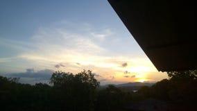 Ο ουρανός βραδιού στοκ φωτογραφίες με δικαίωμα ελεύθερης χρήσης
