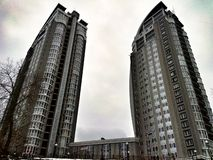 ο ουρανός οικοδόμησης καλύπτει το Κίεβο Στοκ Εικόνες