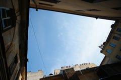 Ο ουρανός του ναυπηγείο-φρεατίου θόλος Isaac Πετρούπολη Ρωσία s Άγιος ST καθεδρικών ναών Στοκ Εικόνα