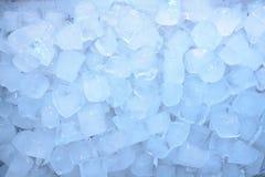 Ο πάγος κυβίζει το μπλε Στοκ Εικόνες