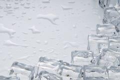 ο πάγος κύβων αντιτίθεται & Στοκ Εικόνες