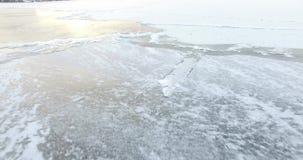 Ο πάγος στον ποταμό 3 απόθεμα βίντεο