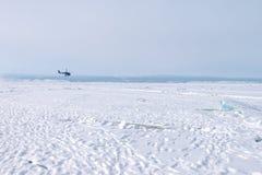 Ο πάγος της λίμνης Baikal, Ρωσία το Μάρτιο του 2018 Στοκ Εικόνες