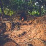Ο πέτρινος τάφος σε Angkor, Siem συγκεντρώνει, Καμπότζη Στοκ φωτογραφίες με δικαίωμα ελεύθερης χρήσης
