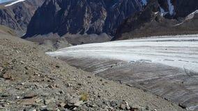 Ο παγετώνας μεγάλο Aktru στοκ φωτογραφία με δικαίωμα ελεύθερης χρήσης
