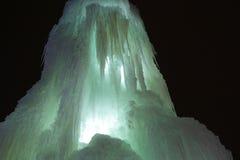 ο παγωμένος καταρράκτης πάγου, ένας καταρράκτης των παγακιών, καμμένος πάγος, ο μαγικός του χειμώνα, α Στοκ φωτογραφία με δικαίωμα ελεύθερης χρήσης