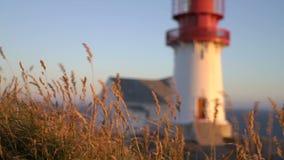 Ο παλαιός φάρος Lindesnes, Lindesnes fyr είναι ένας παράκτιος φάρος που βρίσκεται στο πιό νοτηότατο σημείο της Νορβηγίας απόθεμα βίντεο